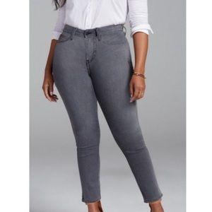 NEW NYDJ Shape Slim 360 Curves Jeans